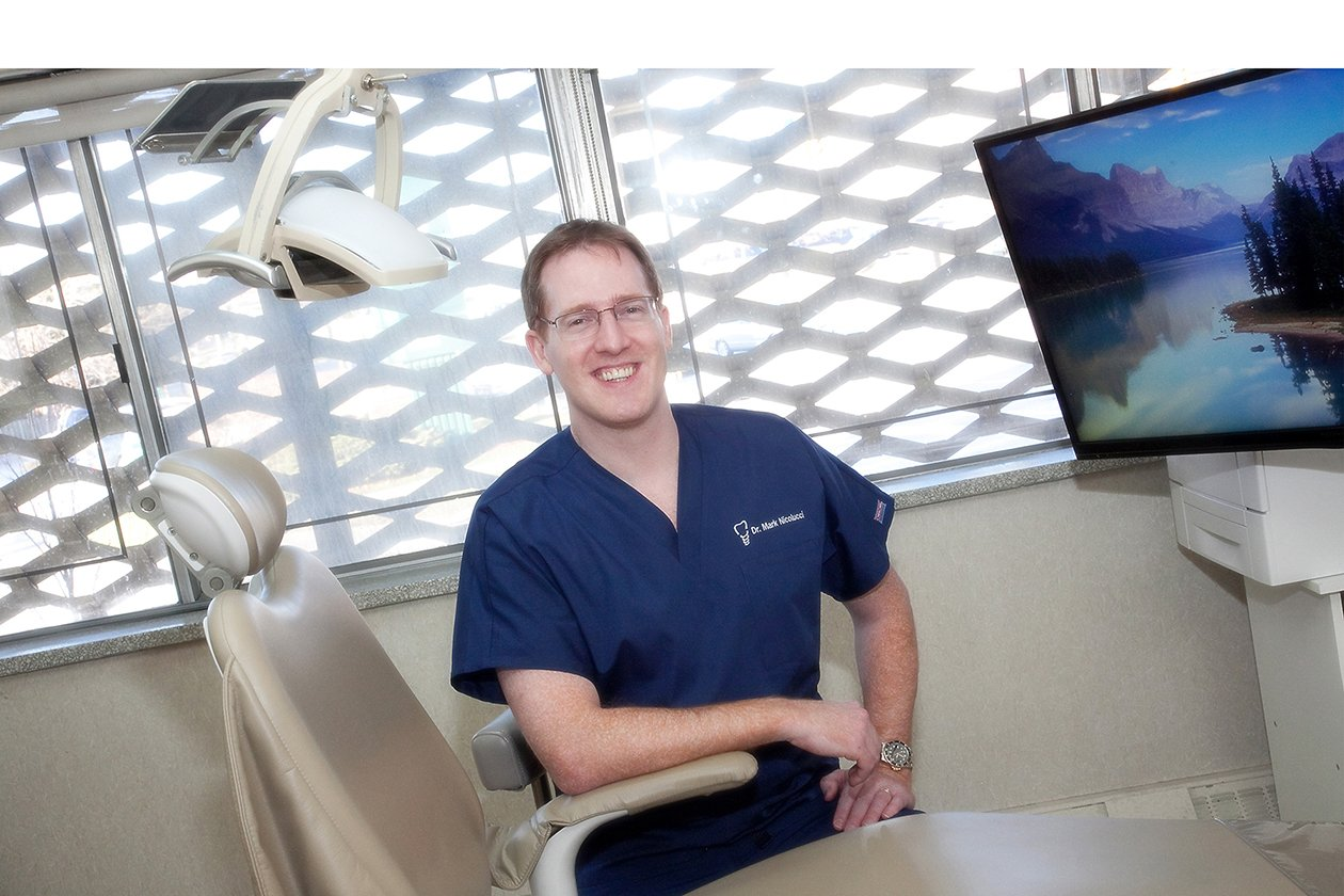 Dr. Mark Nicolucci